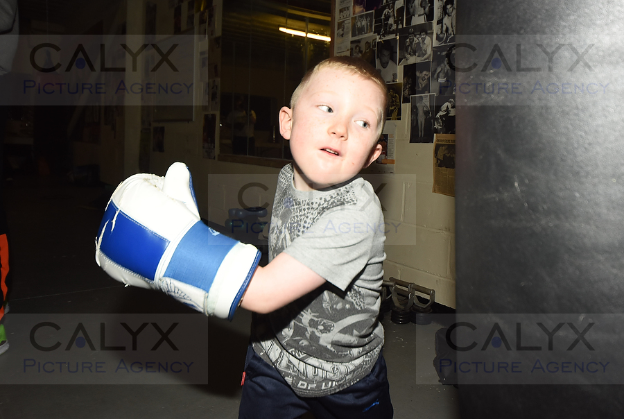©Calyx Picture Agency. Scrappers Gym in Hillmead celebrates its first birthday with Patron Ricky Porter