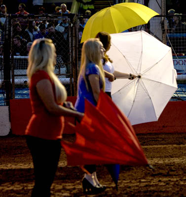 SpeedwaySimon Stead TestimonialStartline girls