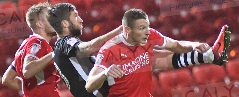 ©CALYX Pictures  Licence No: 015708/165775 Swindon Town v Lincon City